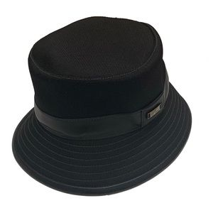 M / TOD 'S HATS